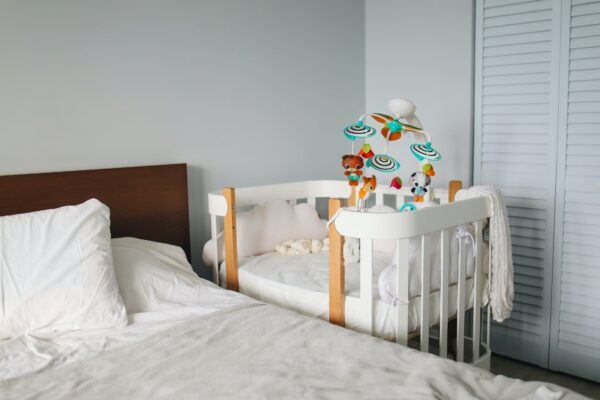 how to sleep train a baby in your room