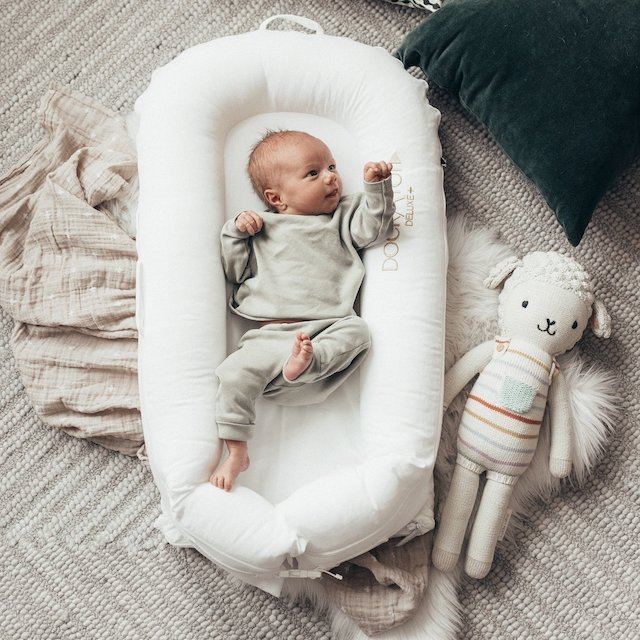 How to Transition Baby Out of DockATot to Crib